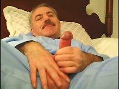 Older4me - Daddy Vs Daddy [js]