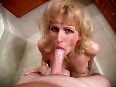 Racquel Bathroom Cum Swallow