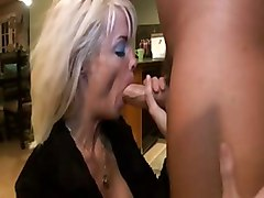 Jordan Blue Busty Blond Squirting Mature