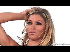 Gorgeous Heather Van Deven