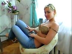 Russian Hottie Gets A Huge Creampie