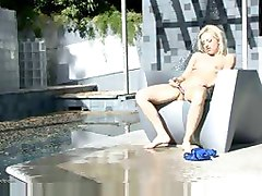 Horny Blonde Masturbate And Squirts A Great Stream