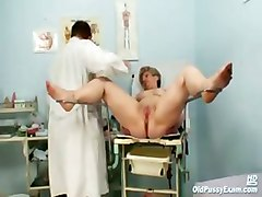 Mature Old Pussy Gyno Speculum Examination With Gyno Tools Including Clear