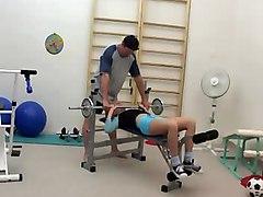 Im Fitnessraum Gefickt  Russian
