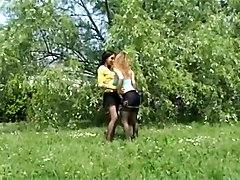 Karol Bonkar And Jessica Ross - Italian She Male 16 S1