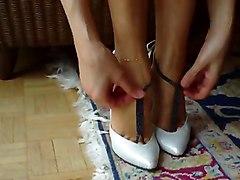 Red Nail Polish Feet - Kirmizi Oje Severlere