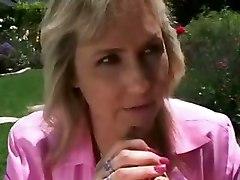 Mom Son Sex In The Garden