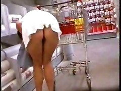 Upskirt at homemad shopping videos