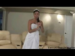 Bride Tiffany Deep Masturbate