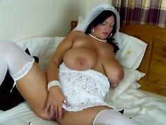 Bigbouncingboobs - Simone Is The Bride