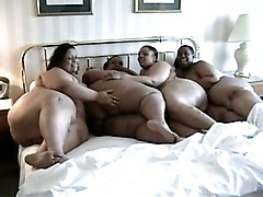 4 Fat Black Lesbians Licking Each Other Out