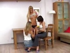 Threesome Lesbian Partying