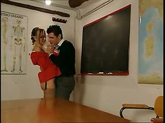 Italian Teacher Tutors 2 Students