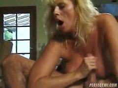 Plumbing Her Ass In An Oldschool Porno