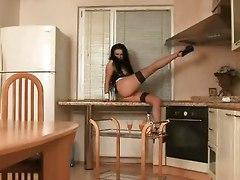 Mirela Delightful Kitchen Show