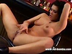 Pornstar Jezabelle Bond Hot Dildo Solo